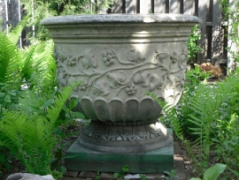 Outdoor Garden Urn